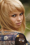Blonde joven hermoso Imagenes de archivo