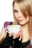 Blonde joven precioso con una taza Foto de archivo libre de regalías