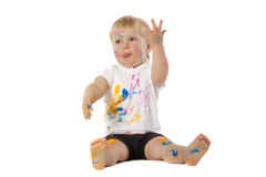Blonde Kinderfarbenspiele Lizenzfreies Stockfoto