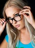 Blonde met glazen Royalty-vrije Stock Fotografie