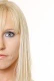 Blonde met half gezicht Stock Fotografie