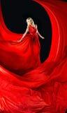 Blonde perfetto in un vestito rosso Immagine Stock Libera da Diritti