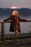 blonde por el pasamano Imagen de archivo libre de regalías