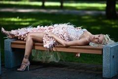 Blonde schöne Luxuxfrau Lizenzfreies Stockbild