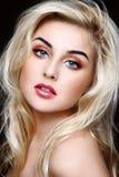 Blonde Schönheit Lizenzfreie Stockfotos