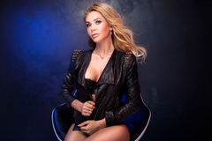 Blonde sexy Damenaufstellung Stockfoto