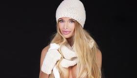 Blonde sexy Frau in der Kappe Lizenzfreies Stockbild