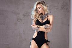 Blonde sexy Frau in der Wäsche Stockbild