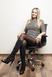 Blonde smilling Geschäftsfrau Lizenzfreie Stockfotos