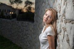 Blonde Sonnenparkwand Stockbild