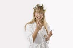 Blonde vrouw met lippenstift Royalty-vrije Stock Foto