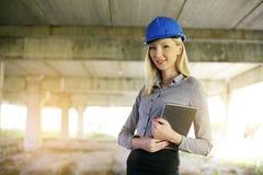 Blonde weibliche Architekten Lizenzfreies Stockfoto