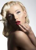 Blonde Weinlesediva Lizenzfreie Stockbilder