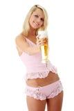 Blonde y cerveza atractive jovenes Foto de archivo