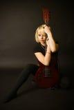 Blonde y guitarra Fotografía de archivo