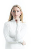Blondemeisje op een witte achtergrond in col stock fotografie