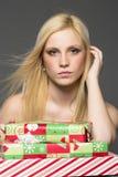 Blonder Feiertags-Käufer Lizenzfreie Stockfotografie