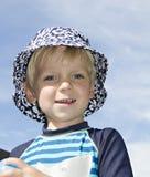 Blonder Junge in einem Hut Lizenzfreie Stockfotografie