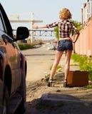 Blonder Mädchentramper Lizenzfreie Stockbilder