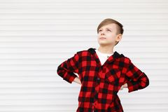 Blonder netter Junge Lizenzfreie Stockfotografie