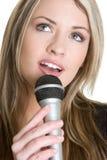 Blonder Sänger Stockfoto