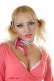 Blondes Art und Weisebaumuster im rosafarbenen Kleid Lizenzfreie Stockfotos