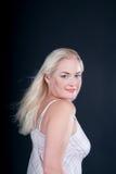 Blondes Art- und Weisemädchen-Portrait Lizenzfreies Stockbild