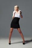 Blondes, attraktives Geschäftsmädchen 2 Lizenzfreies Stockfoto