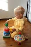 Blondes Baby im Haus Lizenzfreie Stockfotografie