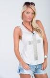 Blondes behaartes Modell in der Americanaausstattung Lizenzfreie Stockfotos
