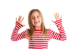 Blondes eingedrücktes Kindoffenes mounth übergibt glückliches Stockfotos