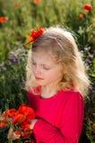 Blondes entspannendes Mädchen Lizenzfreie Stockfotografie