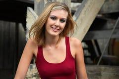 Blondes Frauen-Lächeln Stockfoto