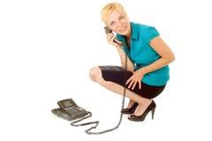 Blondes Frauenanrufen Lizenzfreies Stockfoto