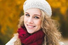 Blondes Frauenportrait Stockbilder
