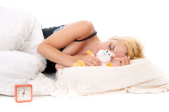 Blondes Frauenschlafen Stockfoto