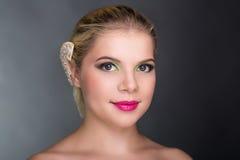 Blondes hübsches Mädchen Stockbild