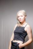 Blondes Haar-blaue Augen-amerikanische Frau Lizenzfreie Stockfotos