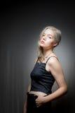 Blondes Haar-blaue Augen-amerikanische Frau Stockbild