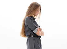 Blondes Haar des schönen Mädchenmodells, das Studio aufwirft Stockbild