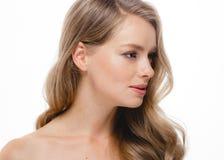 Blondes Haar-Frauen-Schönheit Skincare-Porträt Alterskonzept Badekurort Salo Lizenzfreie Stockbilder