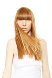 Blondes Haar Junge Frau mit dem langen, geraden Haar Stockfoto