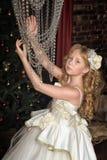 Blondes Mädchen in Abendkleiderprinzessin Lizenzfreie Stockbilder