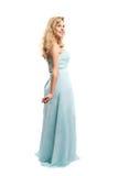 Blondes Mädchen Attrative in einem langen Kleid stockfotos