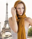 Blondes Mädchen im eleganten Kleid, Stockfotografie