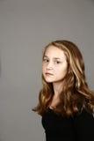 Blondes Mädchen im Studio Stockfotos