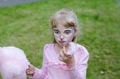Blondes Mädchen mit dem Facepainting Lizenzfreies Stockbild