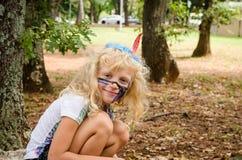 Blondes Mädchen mit dem Facepainting Lizenzfreie Stockfotos