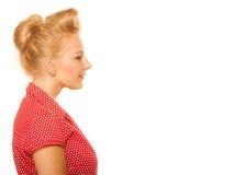 Blondes Mädchen Pin-oben mit dem Retro- Haarbrötchen lokalisiert Lizenzfreie Stockfotografie