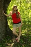 Blondes Mädchen-Rot-Hemd Stockbild